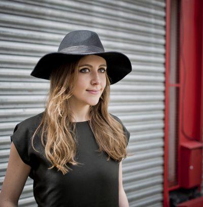 Siobhan Miller 2018 Promo 04